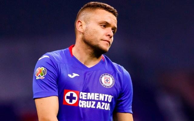 Cruz Azul pierde y sigue sin levantar en el Guardianes 2021; ya es penúltimo lugar en el torneo - Foto de EFE