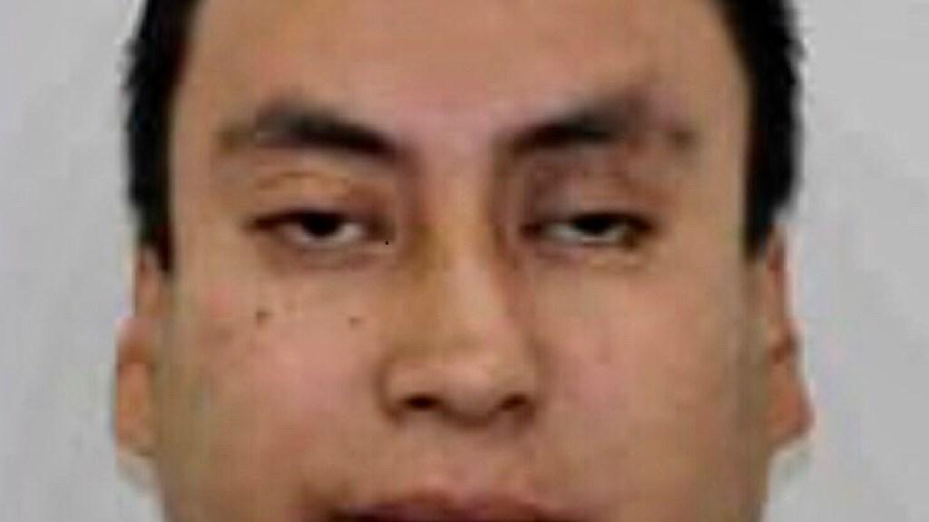 Identifican a dueño de camioneta volcada con cocaína en la Miguel Hidalgo; droga pertenecería al CJNG - La camioneta con más de una tonelada de cocaína está a nombre de Karim Becerra. Foto Twitter @c4jimenez