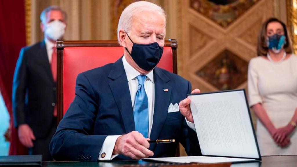 Las 17 medidas aprobadas por Biden en su primer día en la Casa Blanca - Las 17 medidas aprobadas por Biden en su primer día en la Casa Blanca. Foto EFE