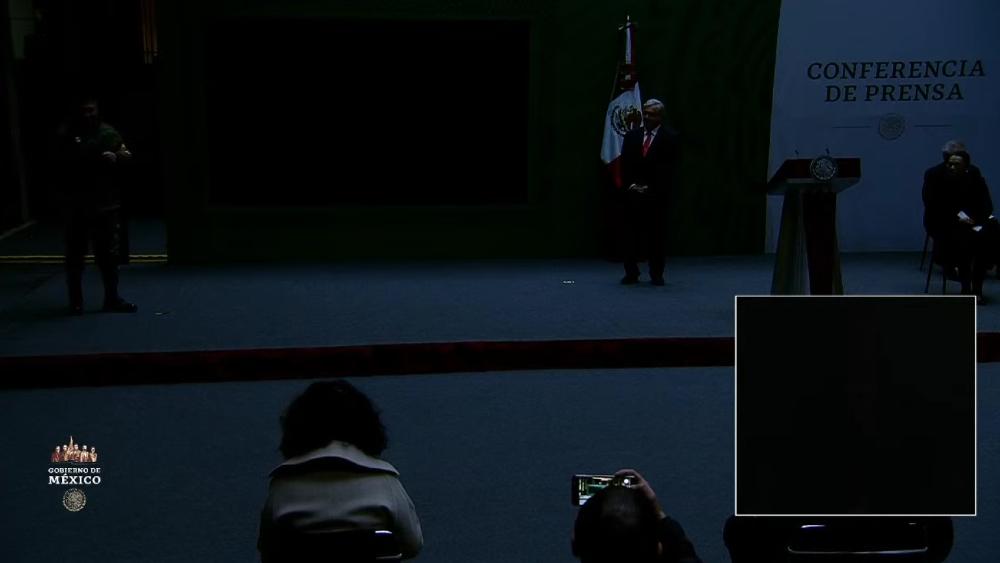 #Video Apagón interrumpe 'mañanera' de AMLO - Foto de captura de pantalla