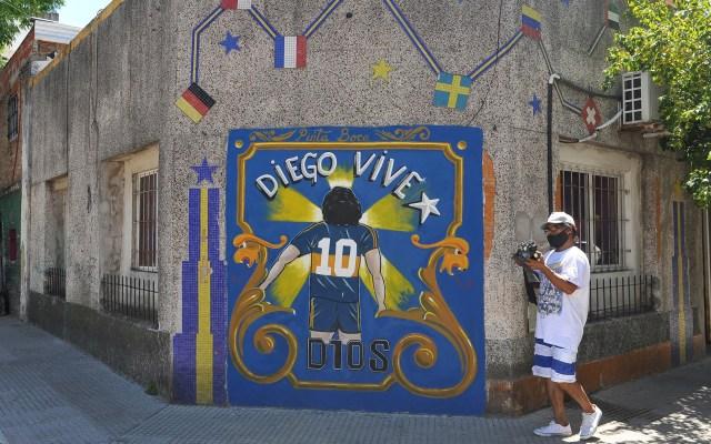 Murales por toda Argentina para homenajear a Maradona - La vida y hechos del fallecido Diego Armando Maradona se conmemoran en Argentina a través de una serie de murales que ya empiezan a aparecer en los lugares más unidos a la carrera del 'Diego', como La Boca en Buenos Aires y otro barrio de la capital. Foto de EFE