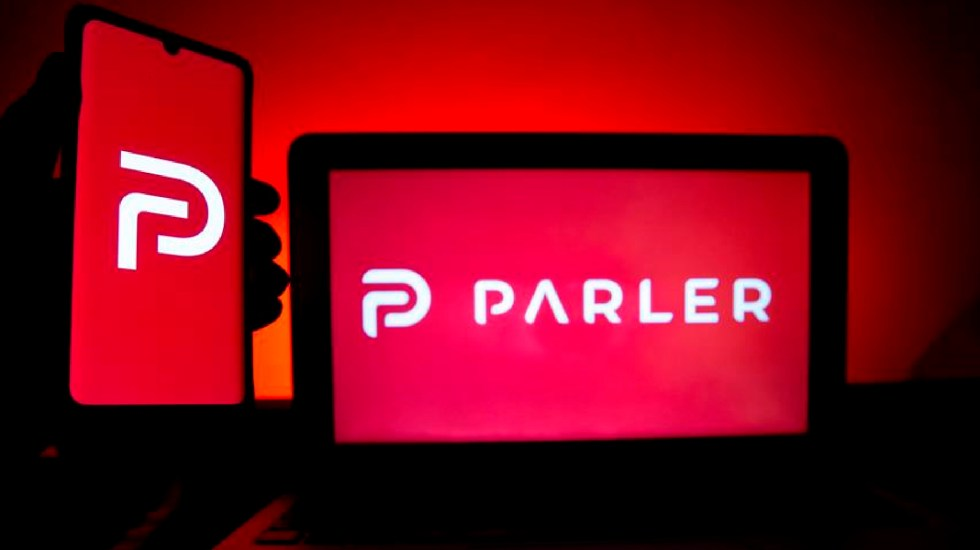 Reactivan página web de Parler, usada por extrema derecha en EE.UU., tras su expulsión por Amazon - Reactivan página web de Parler, usada por extrema derecha en EE.UU., tras su expulsión por Amazon