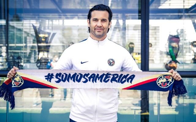 Solari asegura que está en México para ayudar a que el América sea más grande - Foto de EFE