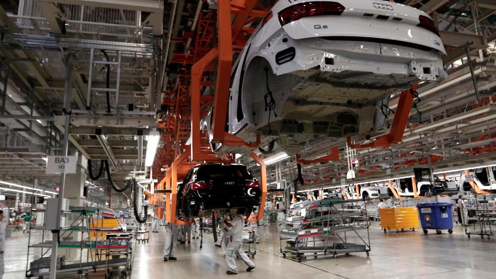 Sector automotor mexicano prevé rebote de 12 % en producción y ventas en 2021 - Foto de EFE