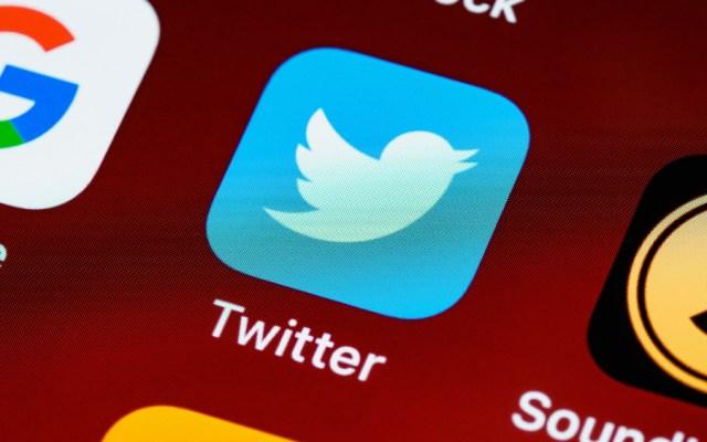 Rusia denuncia que Twitter bloqueó su cuenta de Sputnik V - Foto de Brett Jordan para Unsplash