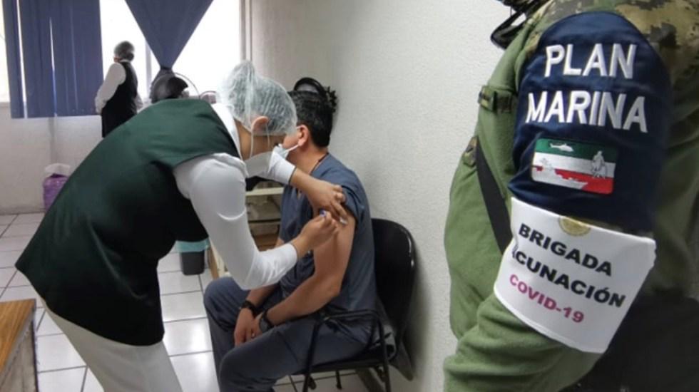 México inicia vacunación contra COVID-19 de personal de salud - Foto de IMSS Tamaulipas