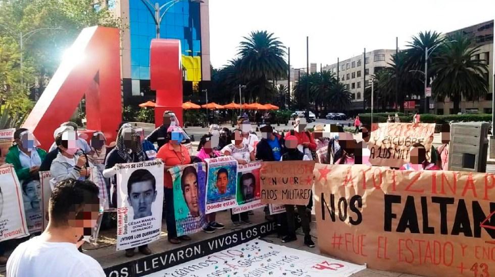 Vetan a exvocero de padres de los 43 normalistas de Ayotzinapa por buscar diputación con Morena - Vetan a vocero de padres de los 43 normalistas de Ayotzinapa por buscar diputación con Morena. Foto Twitter @CDHCMX