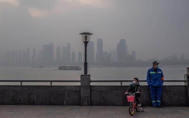 Se cumple un año desde el cierre de 76 días de la ciudad de Wuhan, donde apareció por primera vez el SARS-CoV-2 - Foto de EFE