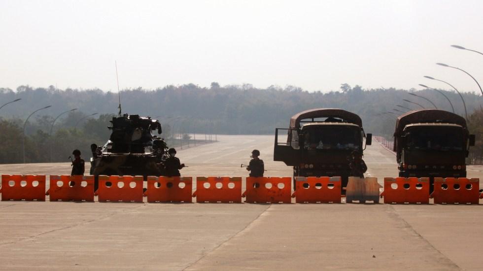 México condena golpe de estado en Birmania - Cerco militar en Birmania tras golpe de Estado. Foto de EFE