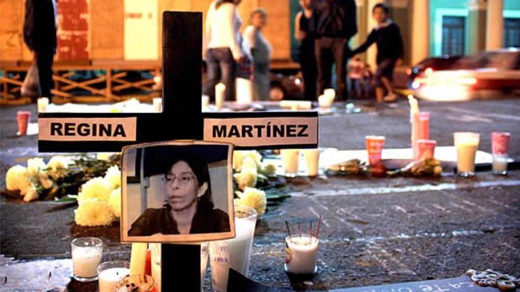 FGR deberá revelar investigación por crimen de la periodista Regina Martínez - Cruz por el asesinato de la periodista Regina Martínez en Veracruz. Foto de El Universal