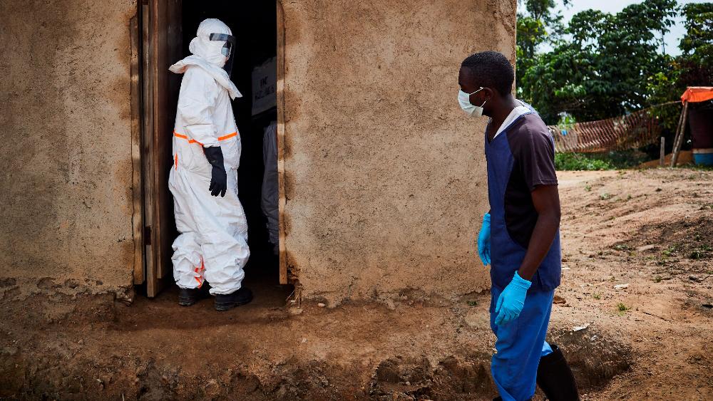 OMS declara alto el riesgo de epidemia de ébola en África Occidental - Foto de archivo EFE