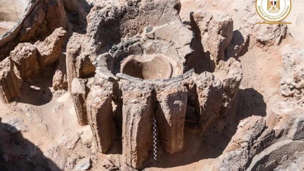 Descubren en Egipto la fábrica de producción masiva de cerveza más antigua del mundo - Foto de Ministerio de Turismo y Antigüedades de Egipto