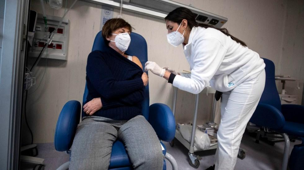 Italia supera los dos millones de personas vacunadas contra el coronavirus - Foto de EFE