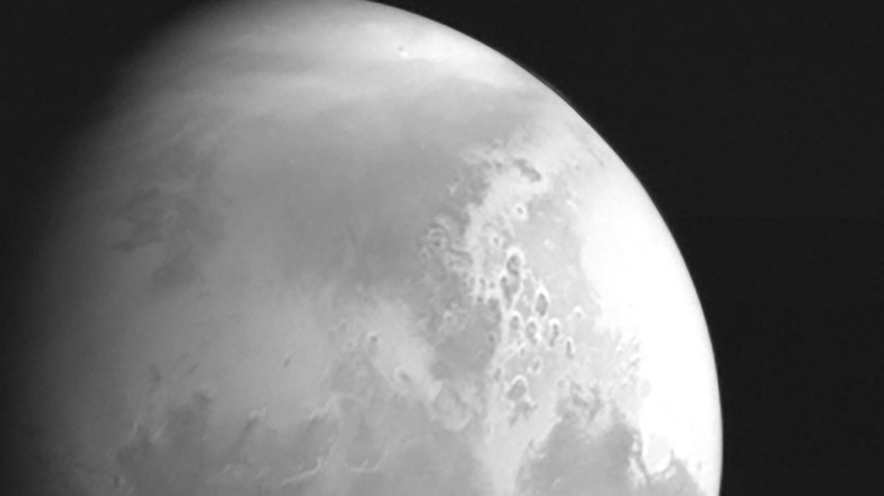 Sonda china capta primeras imágenes en la órbita de Marte - Marte planeta sonda China