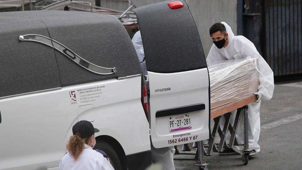 México duplicó el ritmo de muertes por COVID-19 a partir de las 100 mil defunciones - Menores COVID-19 Muerto COVID-19 México pandemia epidemia
