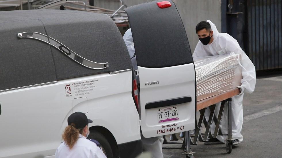 México registró en las últimas horas 7 mil 829 casos nuevos y 857 muertes por COVID-19 - Muerto COVID-19 México pandemia epidemia