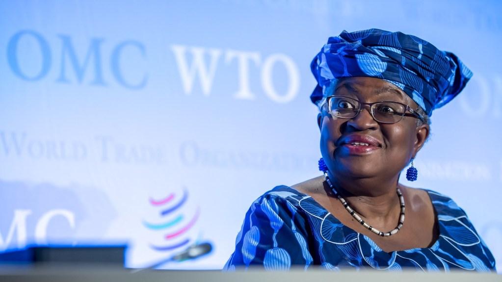 La nigeriana Ngozi Okonjo-Iweala será la primera mujer en dirigir la OMC - Ngozi Okonjo-Iweala OMC, próxima directora de la Organización Mundial de Comercio. Foto de EFE/ MARTIAL TREZZINI/Archivo.