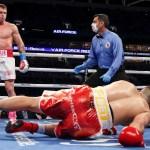 'Canelo' Álvarez no tuvo rival en Miami; vence a Yildirim en tres rounds