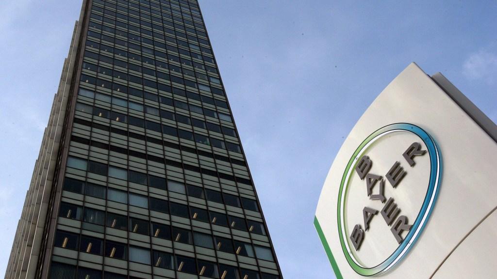 Bayer impugna reforma de México para comprar medicinas vía UNOPS - Sede de la farmacéutica Bayer en Alemania. Foto de EFE