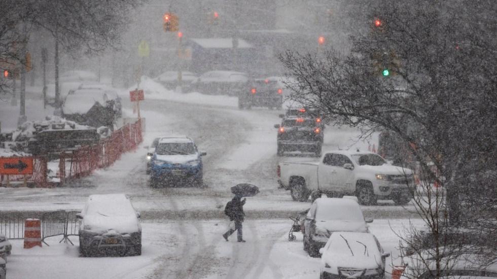 Biden podría visitar Texas la próxima semana tras declarar emergencia por tormenta invernal - Texas durante tormenta invernal. Foto de EFE