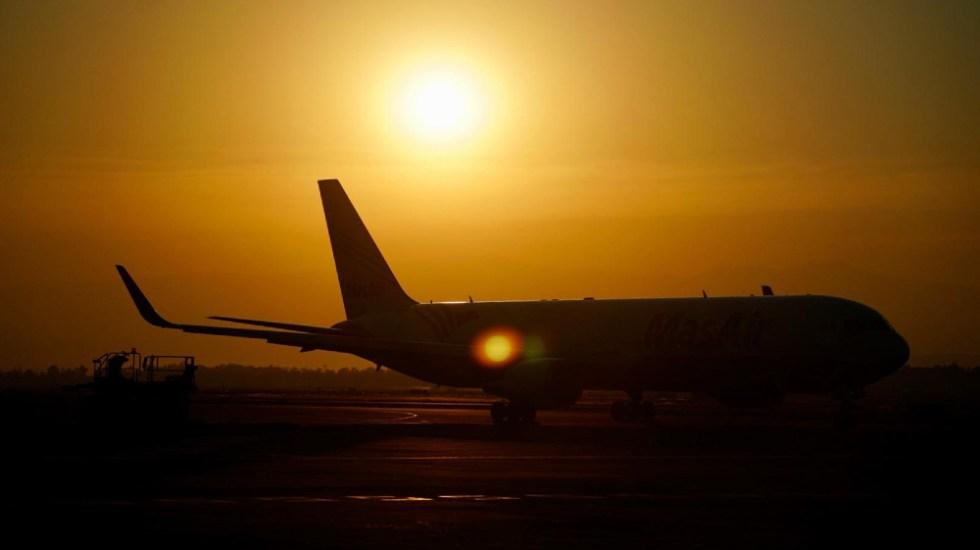 """""""No es tan grave"""" degradación de calificación de EE.UU. a México en seguridad aérea: AMLO - Aeropuerto Internacional de la Ciudad de México AICM viajes avion seguridad aerolíneas"""