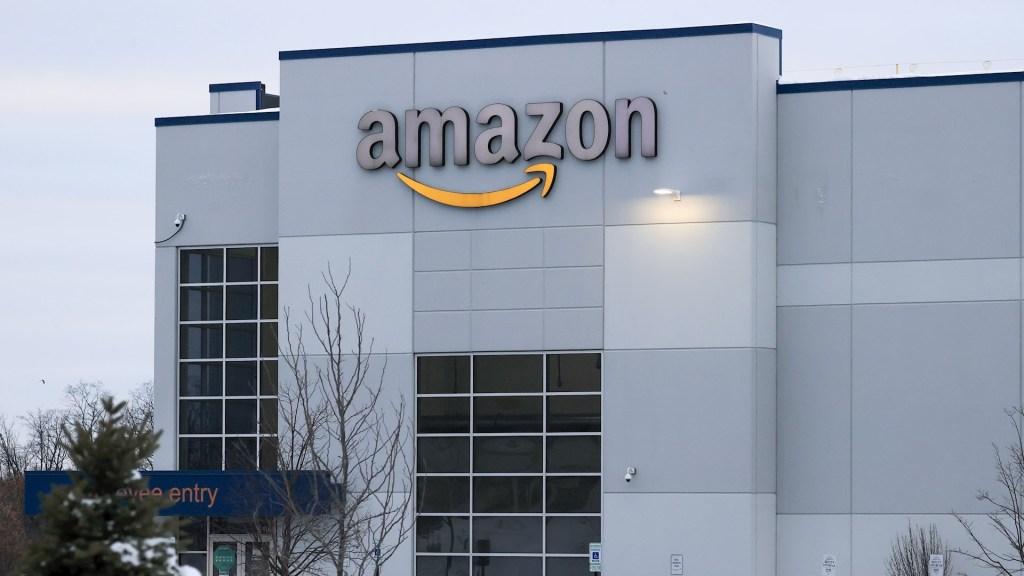 Grupo de propaganda del Estado Islámico tenía app en Amazon Web Services - Estado Islámico Economía postcovid: Amazon, el gigantes tecnológico de más ganancias. Foto de EFE/Tannen Maury/Archivo.