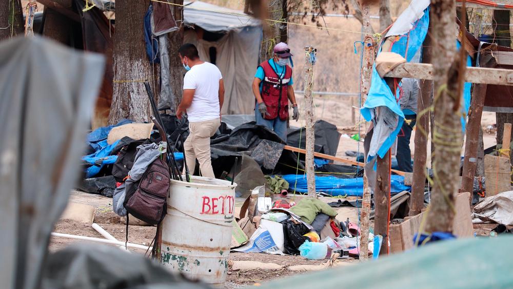 Desmantelan campamento en México pero migrantes llegan para cruzar a EE.UU. - Foto de EFE