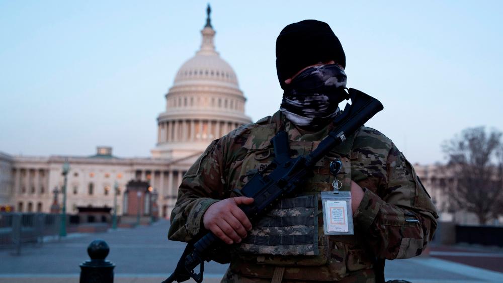 Amenazas de seguridad mantienen al Capitolio como fortaleza vallada - Foto de EFE
