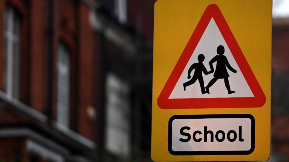 Las escuelas reabren en Inglaterra en el comienzo de la desescalada - Foto de EFE