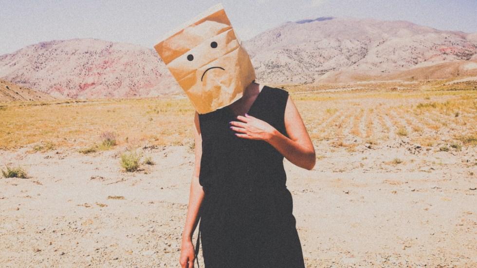 Uno de cada 7 adolescentes en todo el mundo tiene un problema de salud mental - Felicidad tristeza depesión