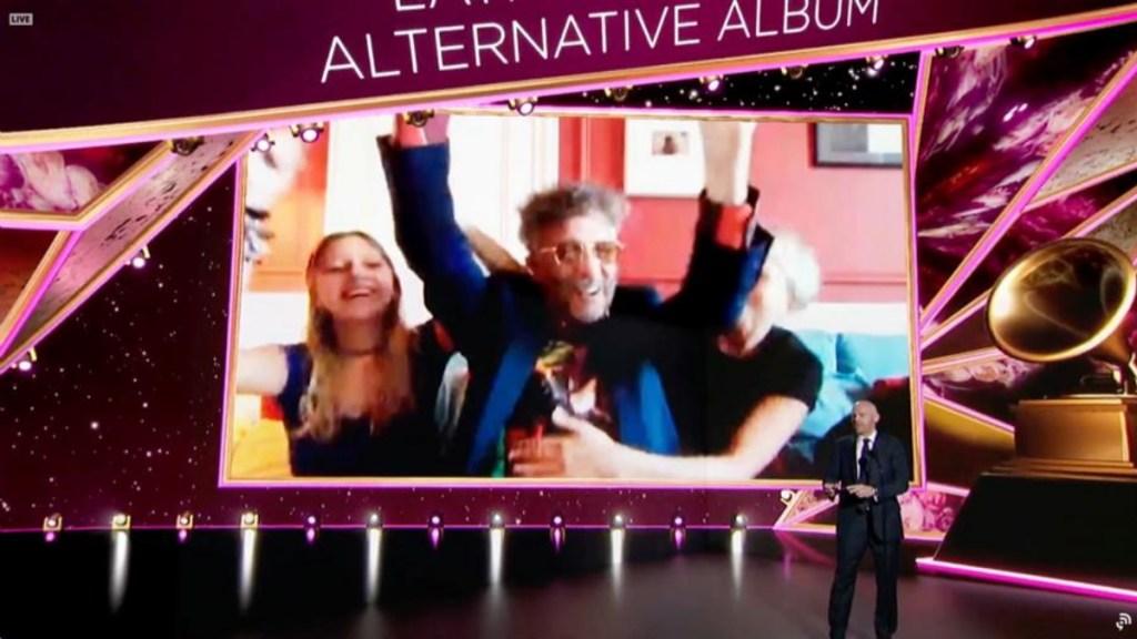Fito Páez, Natalia Lafourcade y Grupo Niche, algunos de los latinos que ganaron un Grammy - Captura de pantalla