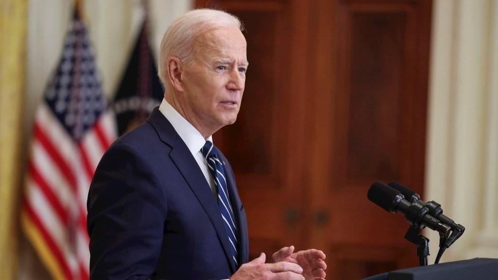 """""""Absolutamente intolerable"""" la violencia en Birmania, condena Biden; analiza más sanciones a junta militar - Joe Biden presidente Estados Unidos"""