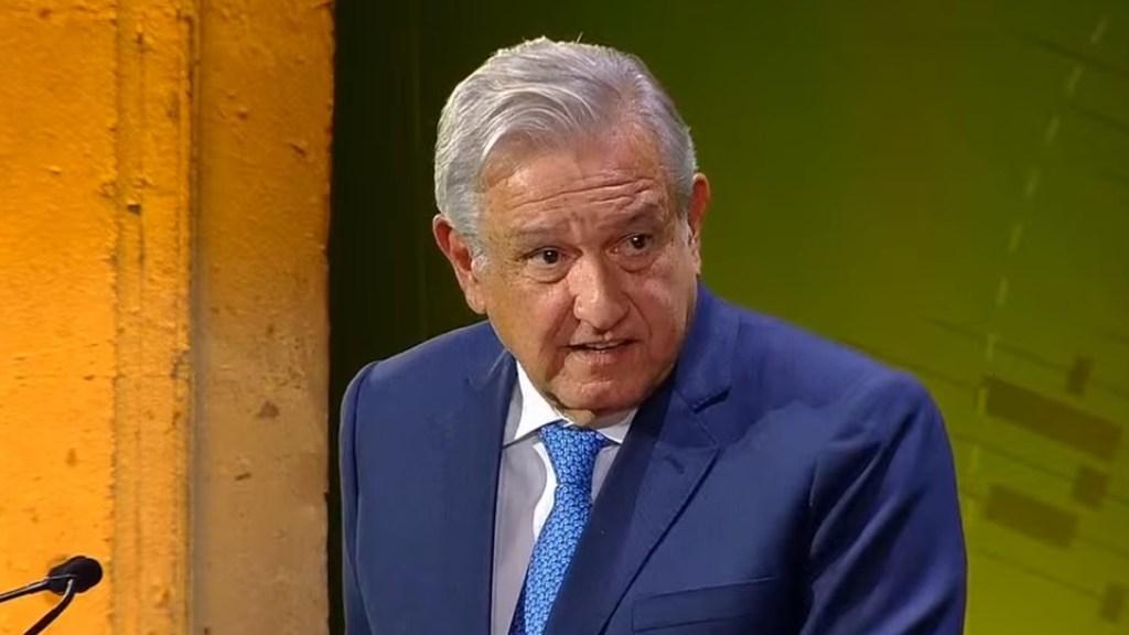 AMLO se compromete ante banqueros a no cambiar reglas del sector financiero; anuncia 'reforma profunda' para facilitar creación de empresas - López Obrador en 84 Convención Bancaria. Captura de pantalla