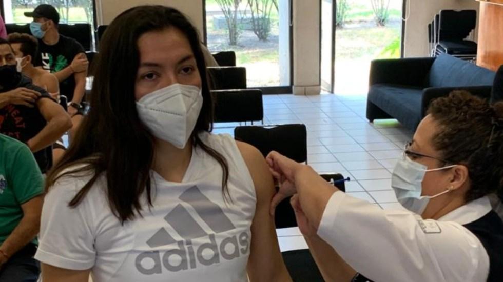 Inicia vacunación de atletas mexicanos que participarán en los Juegos Olímpicos de Tokio - Foto de Conade