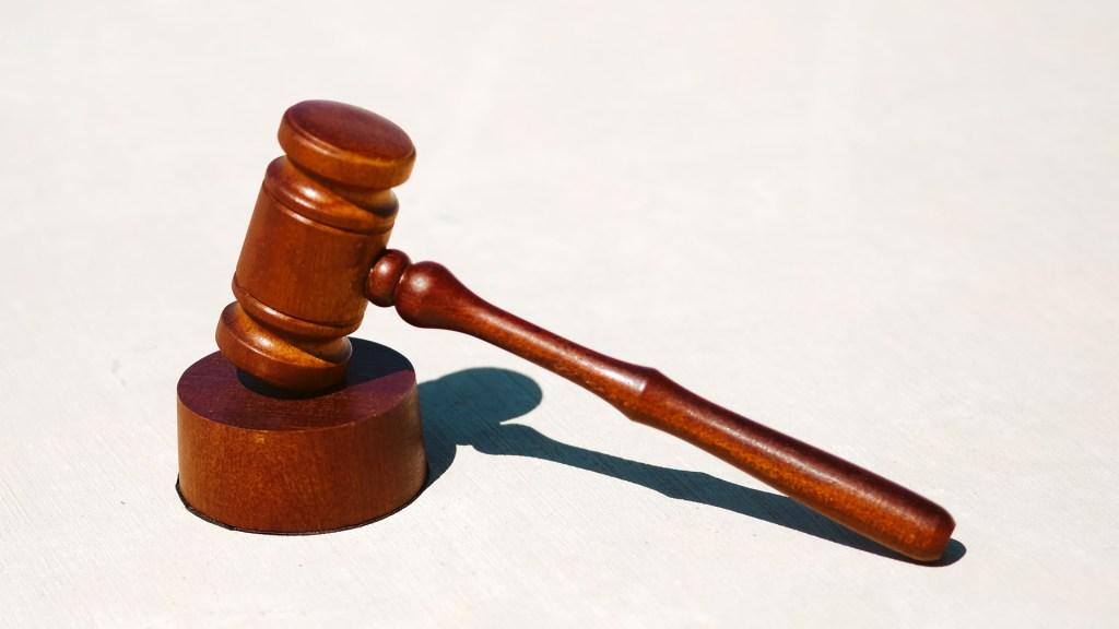 Pese a que consulta no fue vinculante, AMLO no descarta juicios contra expresidentes - mexicanos juez mazo juicios demanda