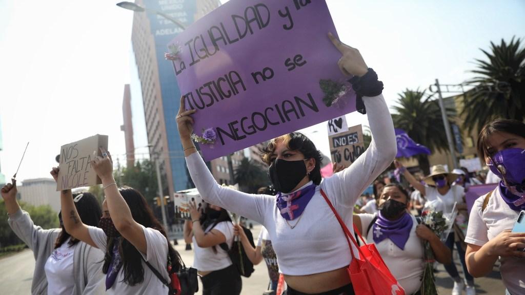 Tristeza se apodera de mujeres mexicanas tras feminicidio de menor en Hidalgo - Menor Nicole Hidalgo protesta feminicidios