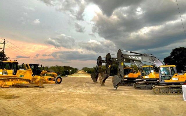Gobierno de México analiza construir parques solares para abastecer al Tren Maya - Obras del Tren Maya