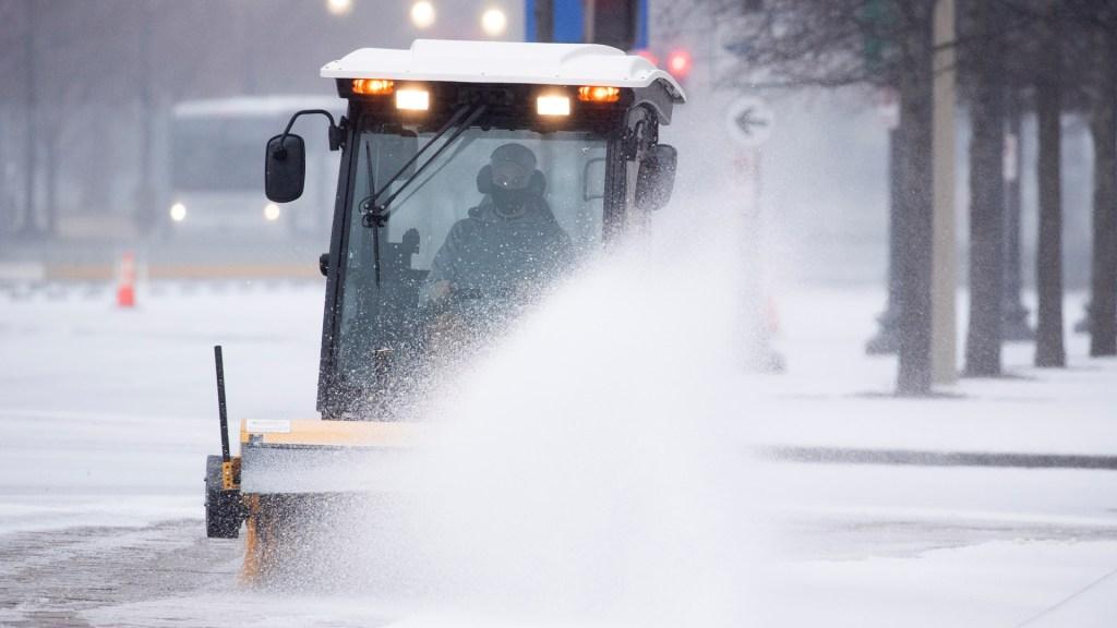 Más de 30 millones de afectados por intensa nevada en Estados Unidos - Los estados que sufren el mayor impacto de la nevada son Colorado y en Wyoming. Foto de EFE