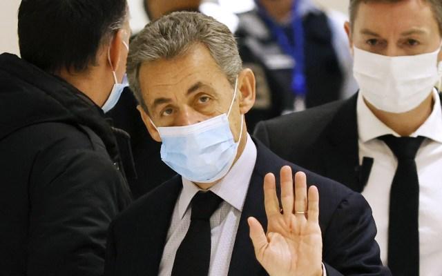 Juzgan por corrupción a 5 colaboradores de Sarkozy, protegido por inmunidad - Nicolas Sarkozy.