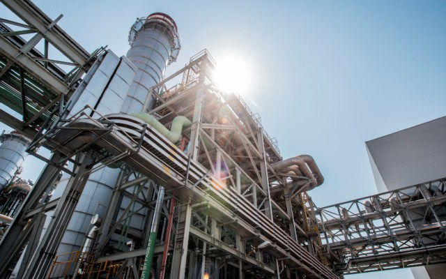 CFE gastó 65 mil millones de pesos en gas por apagón masivo - Apagón masivo Moody's energía política energética