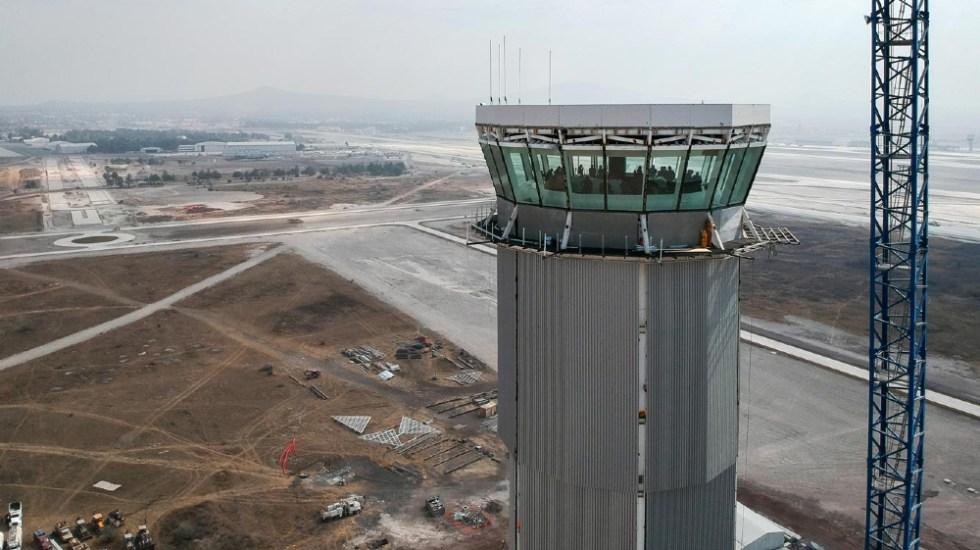 """Pilotos probaron aeropuerto Felipe Ángeles; """"quedaron muy satisfechos"""", asegura AMLO - Aeropuerto Felipe Angeles Santa Lucia"""