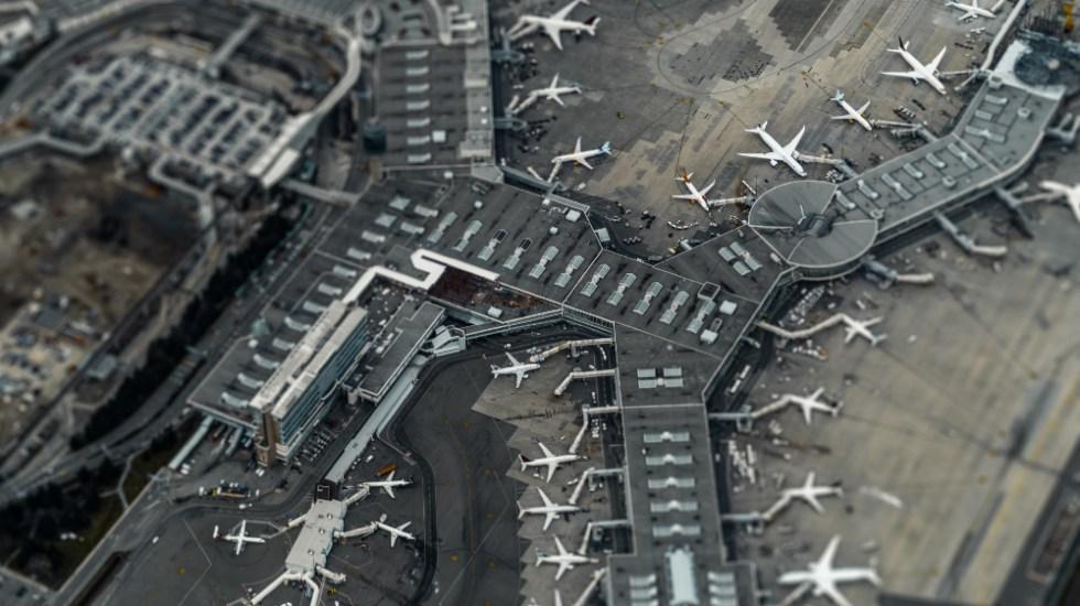 Un año de pandemia en la aviación comercial - Aeropuerto Vancouver Canada