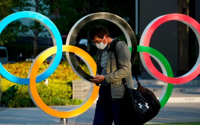 Coronavirus, el participante inesperado en los Juegos Olímpicos - Aros olímpicos en Tokio, Japón. Foto de EFE