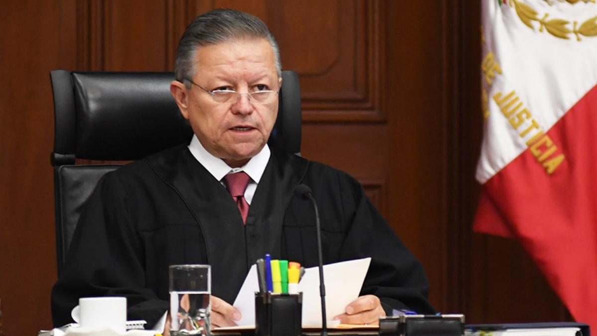 Admiten amparo contra ampliación de mandato de Arturo Zaldívar