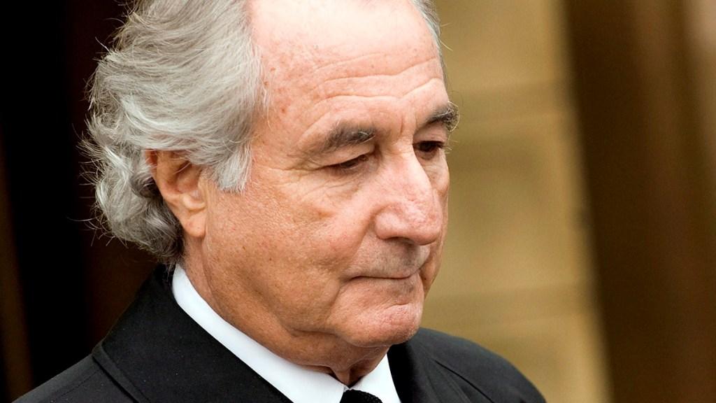 Murió en la cárcel Bernie Madoff, responsable del mayor fraude en Wall Street - En la imagen, el exfinanciero Bernard Madoff. Foto de EFE