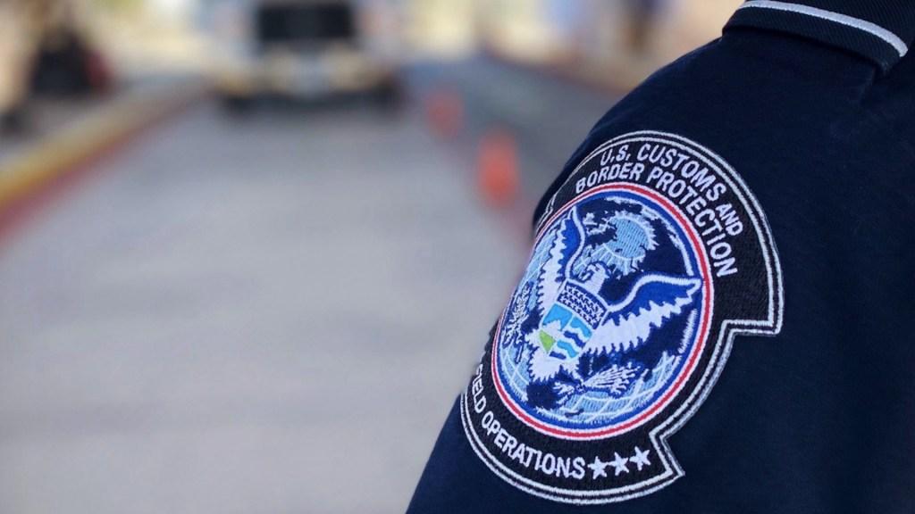 Migrantes detenidos en la frontera serán enviados a hoteles de Arizona y Texas - Migrantes detenidos serán enviados a hoteles de Arizona y Texas. Foto de CBP
