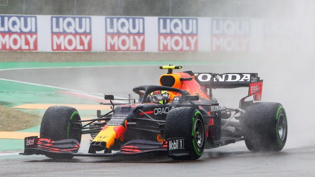 "#Audio 'Checo' se disculpa por 12vo lugar en GP de Emilia Romaña; ""Conduje como un idiota"", afirmó - 'Checo' Pérez durante GP de Emilia Romaña. Foto de EFE"