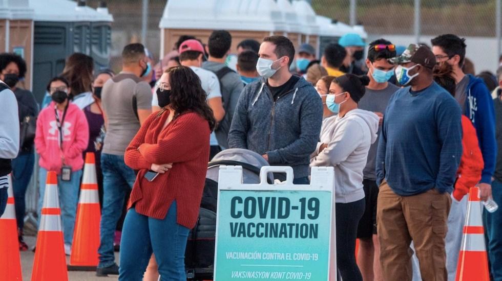 Continúa descenso en contagios y muertes por COVID-19 en EE.UU. - Contagios de COVID-19 en Estados Unidos. Foto de EFE