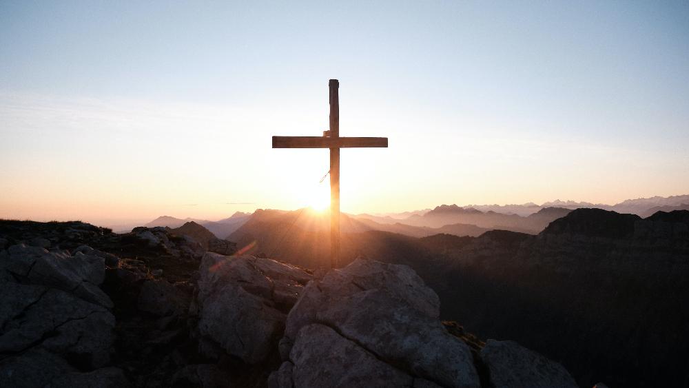 El boxeo dentro de la Semana Santa, por Mauricio Sulaimán - cruz religion semana santa