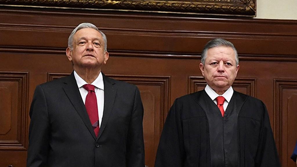 AMLO aclara que reunión con Zaldívar fue por relaciones de trabajo - El presidente López Obrador junto al ministro Arturo Zaldívar